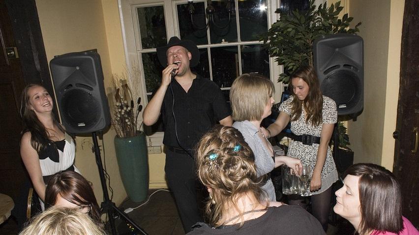 framlingham-mith-dancing (1)